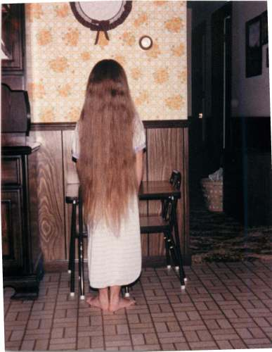 I was about 6, getting a trim.